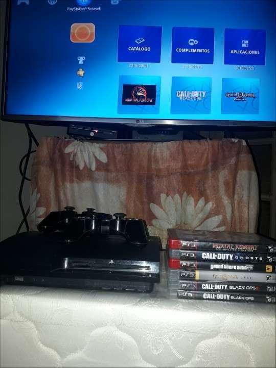 Playstation 3 + 6 juegos - 0